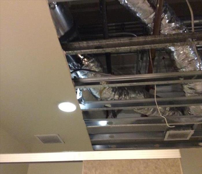 roof opened after rain water collapse